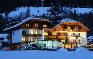 hotelalmrausch-winter_c-gerdl